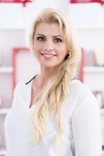 Team Frau Jost - Kosmetikstudio in Baden Baden | BS4Y